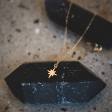 Load image into Gallery viewer, Supernova Star Necklace