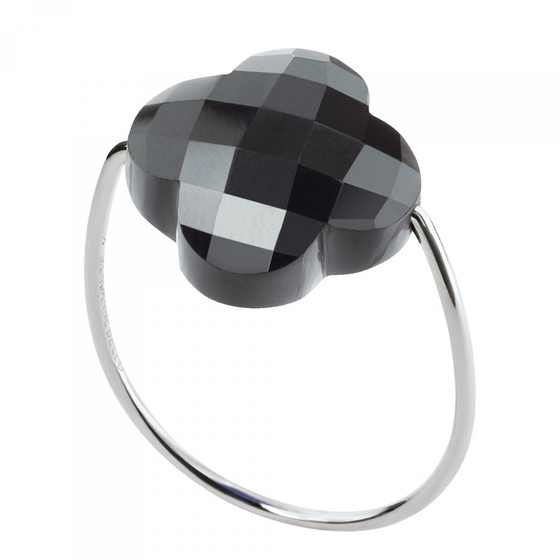 Hematite Clover White Gold Ring