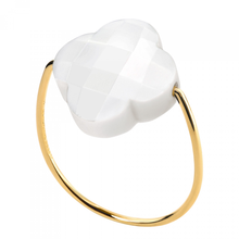 White Agate Clover Yellow Gold Ring