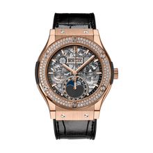 Aerofusion Moonphase King Gold Diamonds