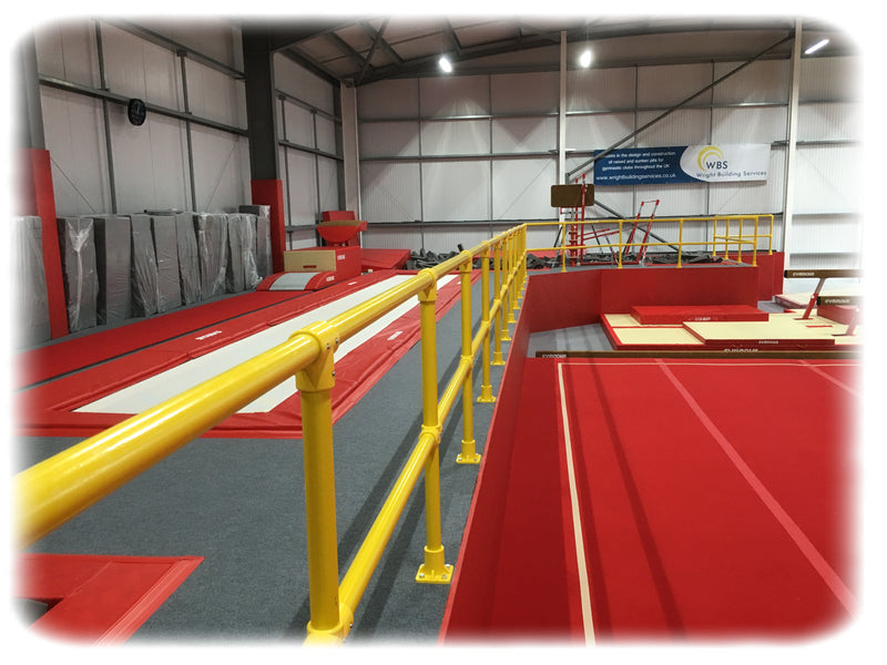 Horizontal Middle Posts - 1.26m - UK Gym Pits