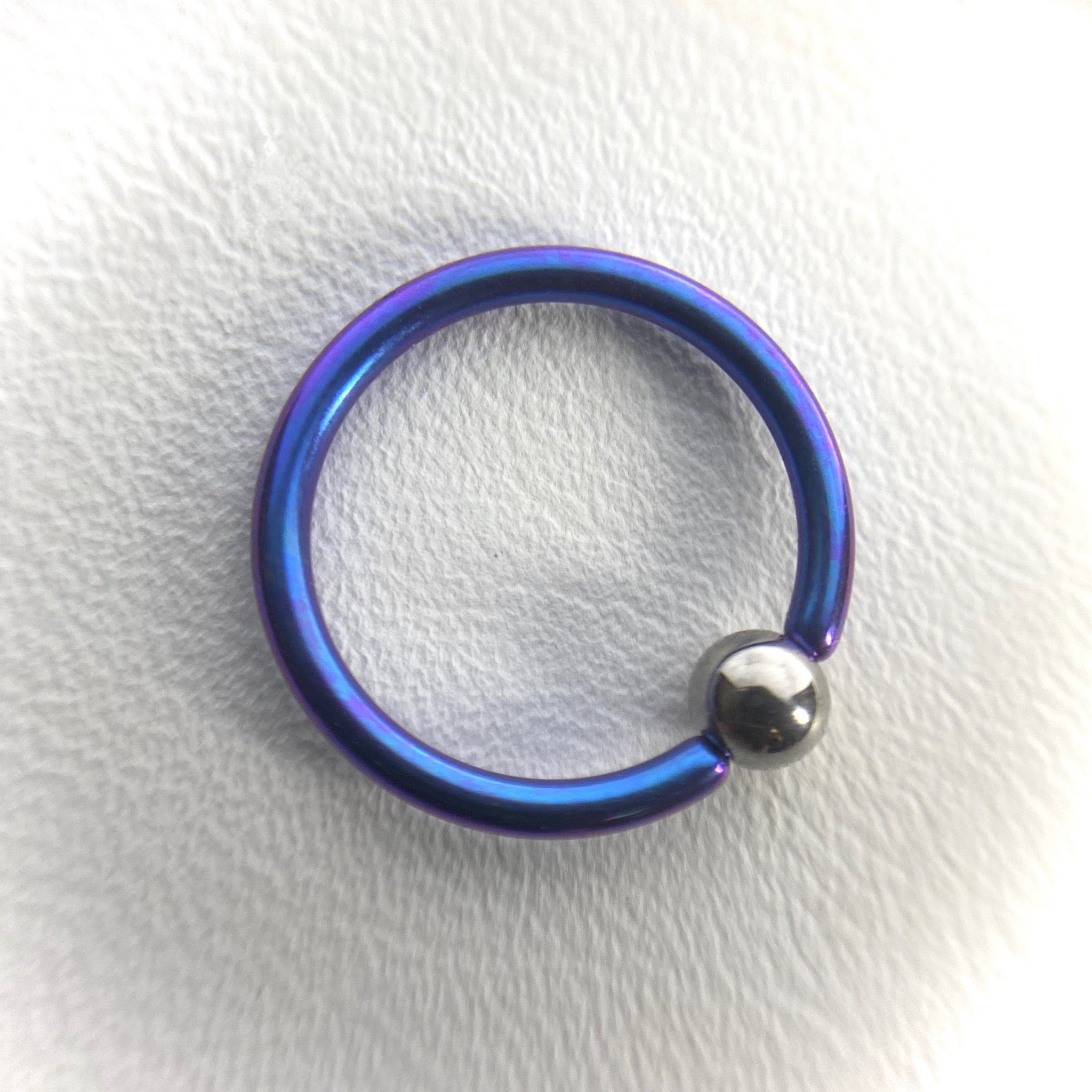 16g Titanium Captive Bead Ring w Plain Bead (CBR)