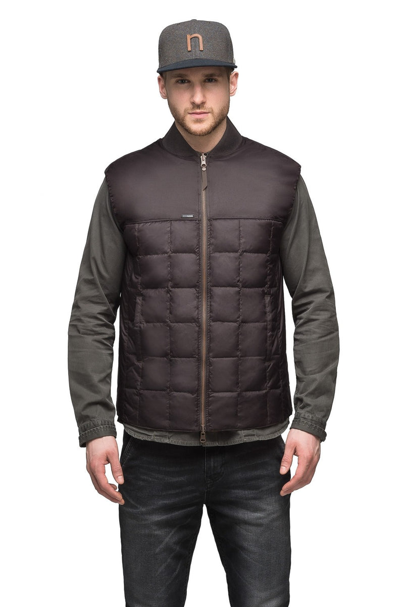 Nobis Paavo Men&#39 s Reversible Quilted Vest in Dark Brown / Rust