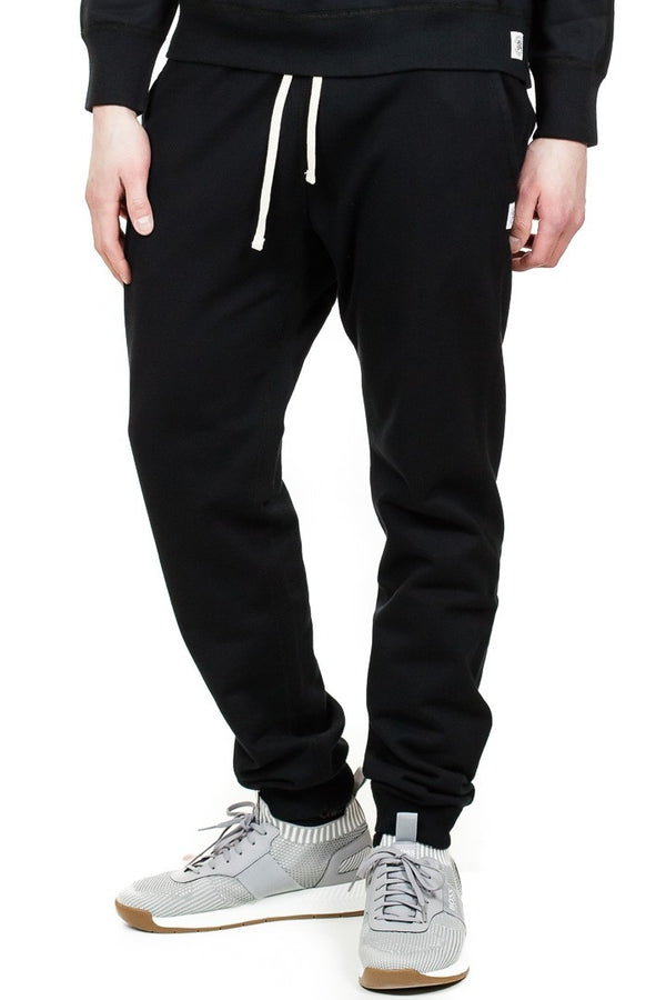 Reigning Champ Slim Sweatpant in Black