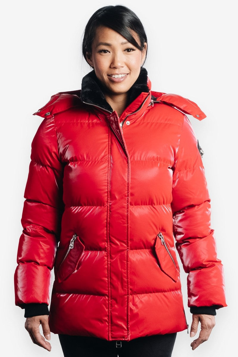 Woodpecker Women&#39 s Bumnester 3/4 Jacket in All Wet Red