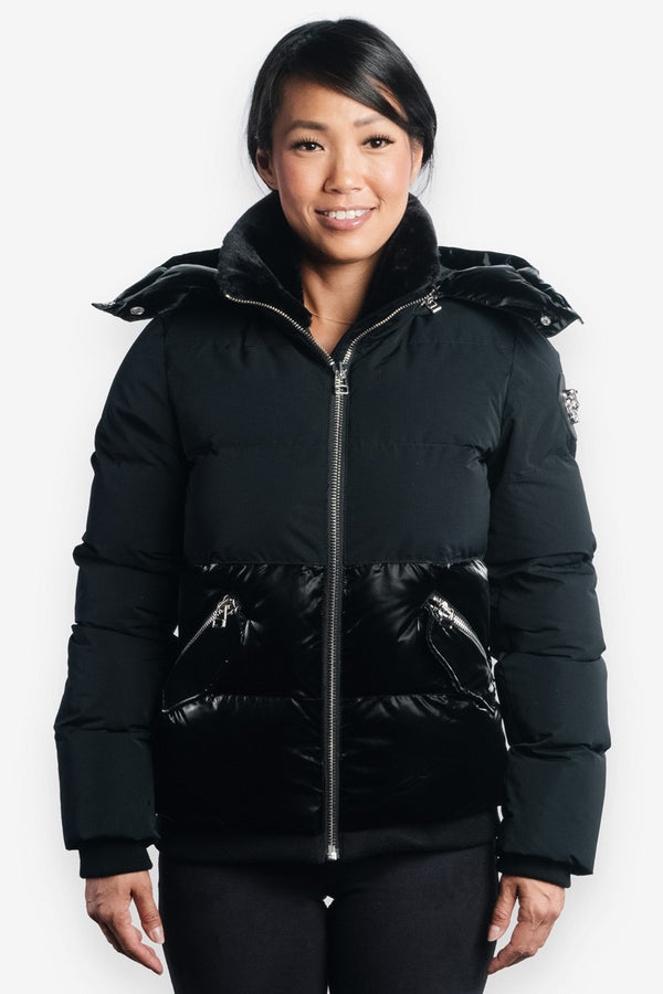Woodpecker Women&#39 s Woody Bomber in 2-Tone Black