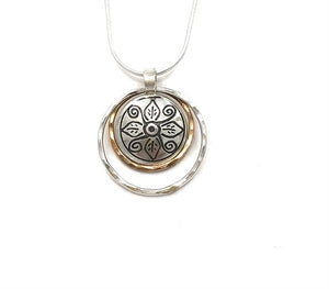 Pendant Double Ringed Leaf Spiral