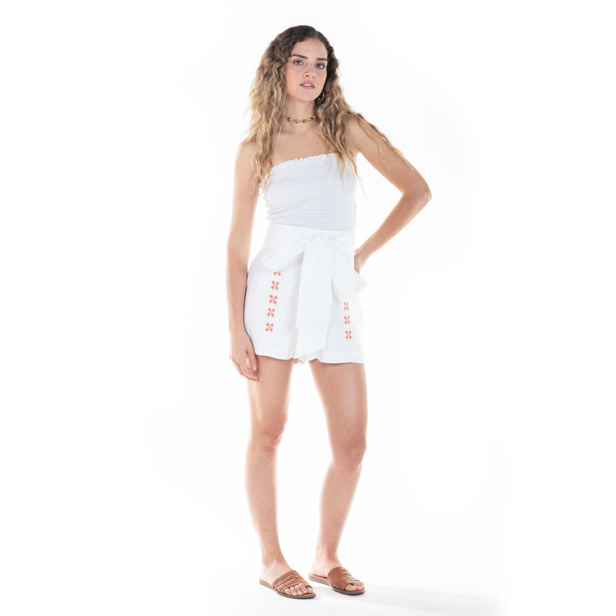 naranjo shorts in white