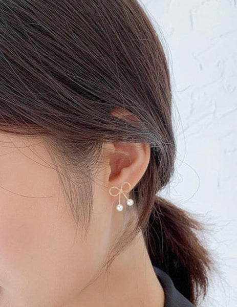 Yumi Bow Earrings with Pearls