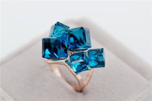 Luxury Vintage Geometric Shaped Cubic Zirconia Stone Ring
