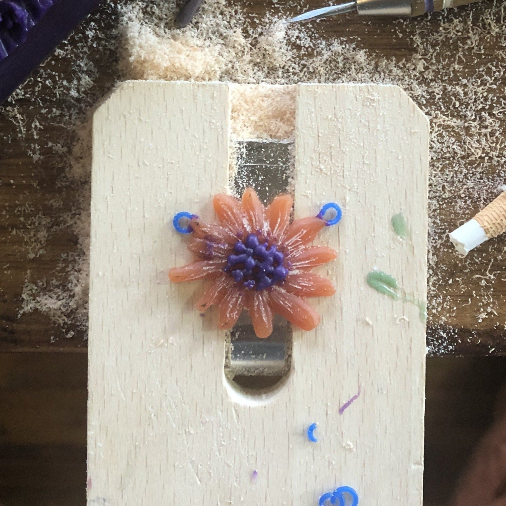 Lesson 4 | Wax Carving Class: Flower Pendant