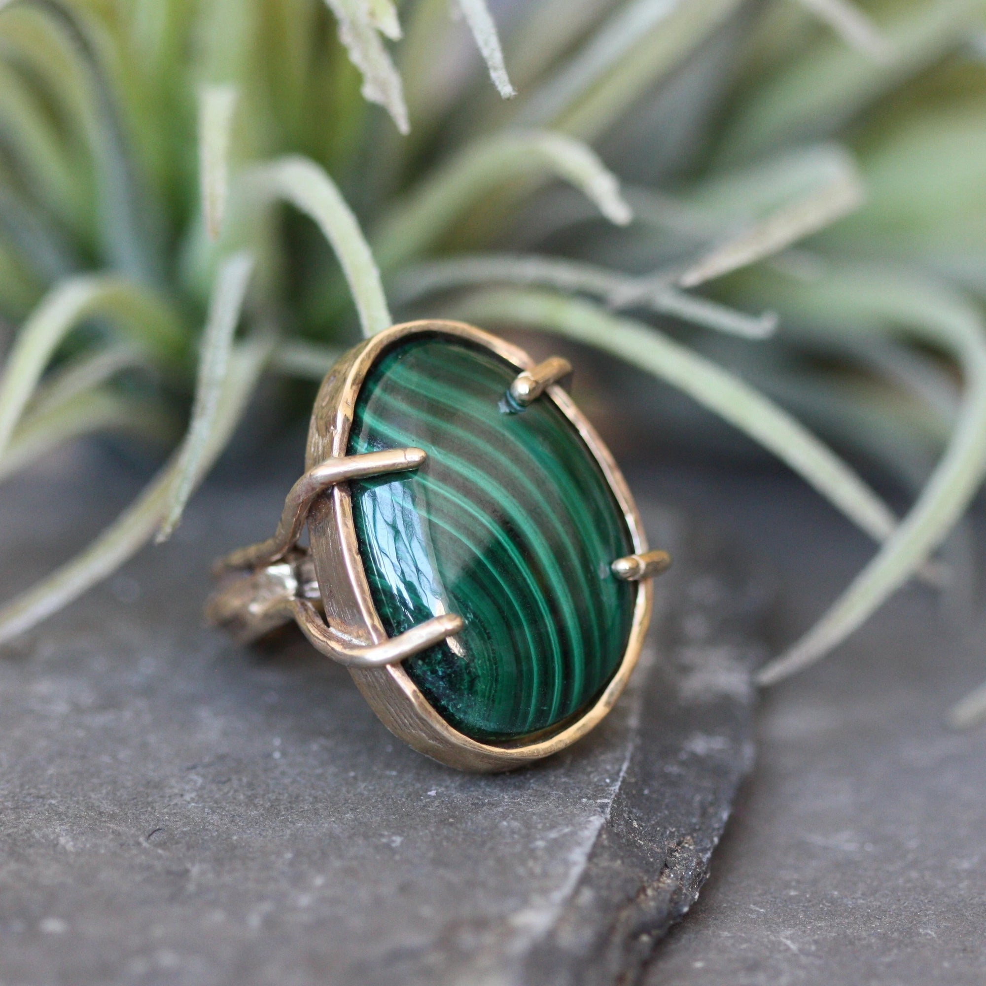 Large Ripple Ring