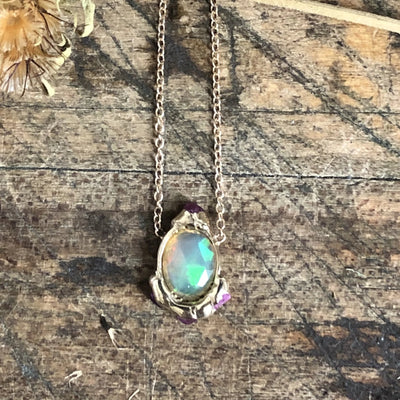 Looking Glass Solo Pendant