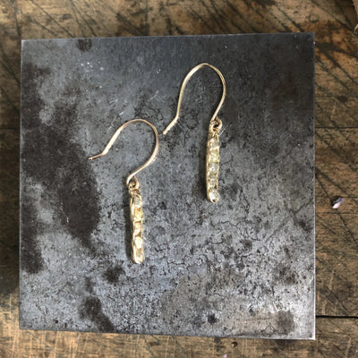 Cobblestone Vertical Earrings