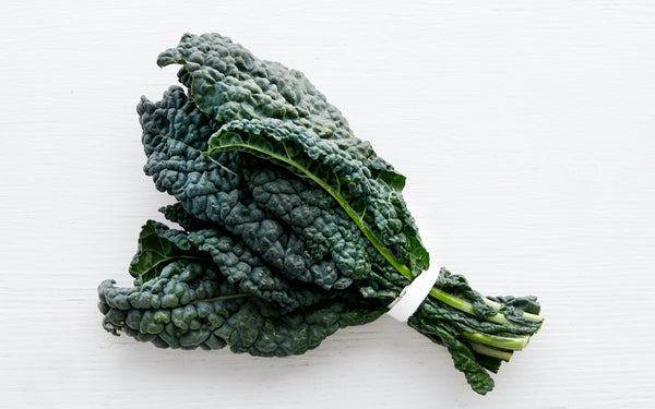 Kale Lacinato (Local), bunch