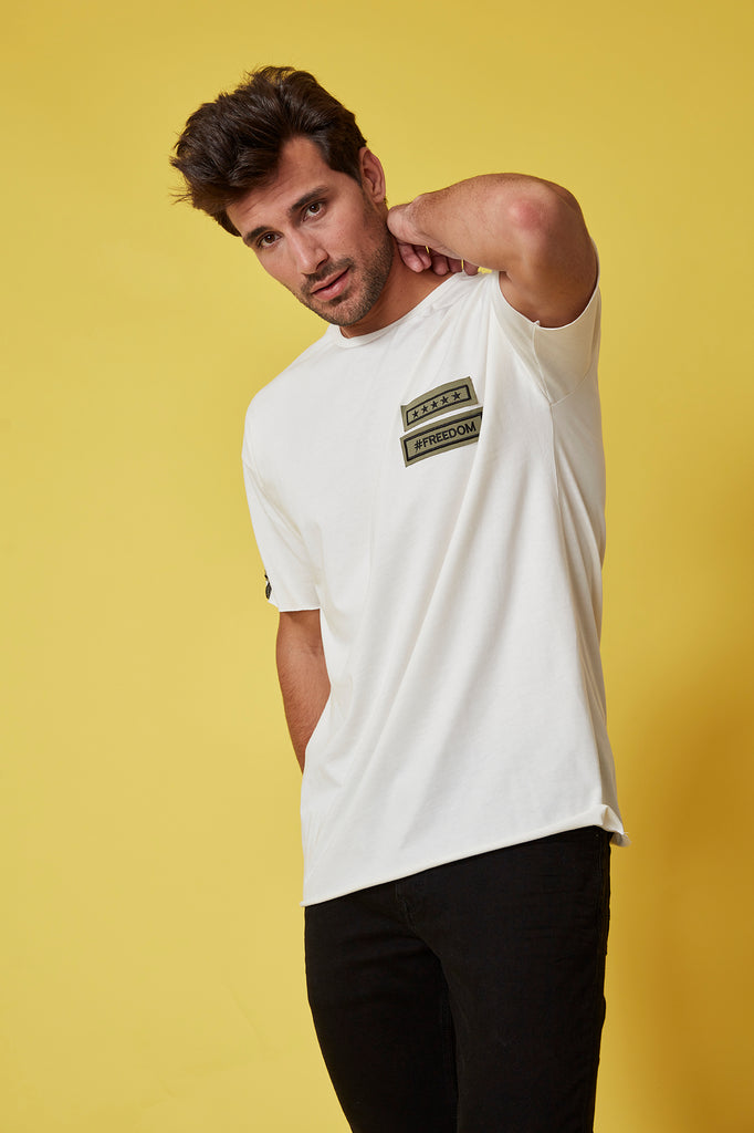 Camiseta HE crudo FREEDOM & ARMY oversized