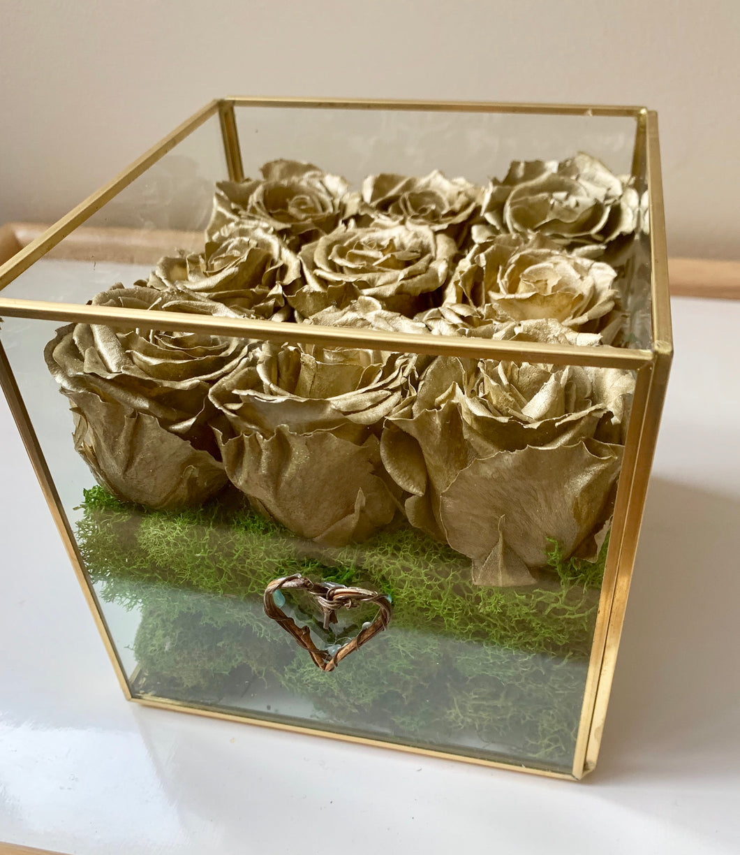 Natures 9 Cube- Gold Roses, Gold trim Glass cube