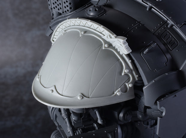 Iron Wolf Shoulder Pad (Right)