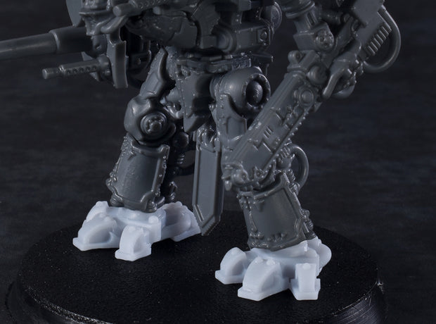 Miniature Scale - Wolf Feet (3 pairs)