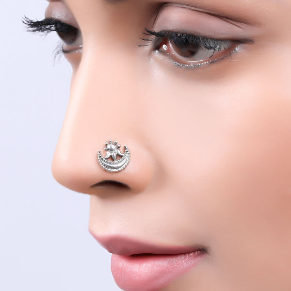 Chand Silver Nosepin, Piercing