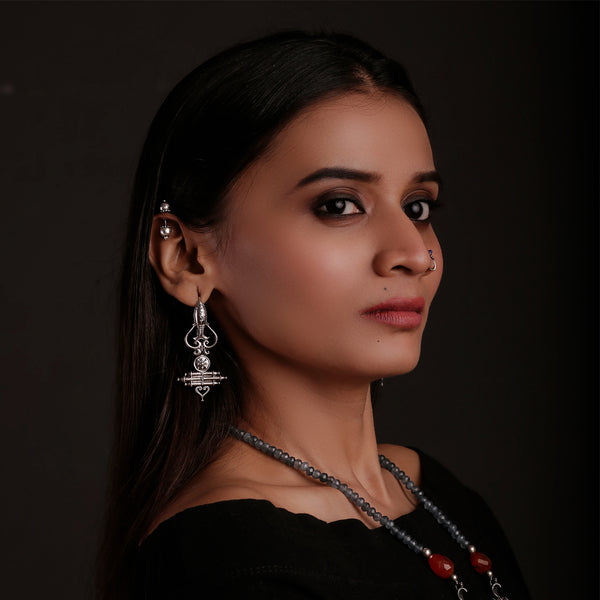 Mahir Satmbh Silver Earrings - mohabygeetanjali