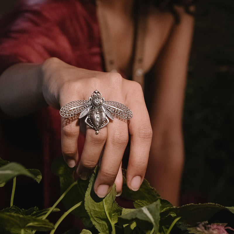 Bhawra Silver Finger Ring - mohabygeetanjali
