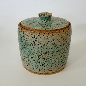 Lidded container: birds-egg green. 0029