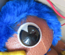 Load image into Gallery viewer, 1970s Pelham Puppet Rod Hull's Emu