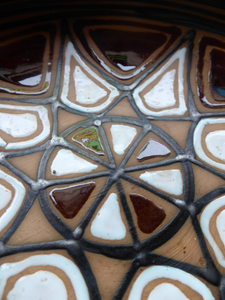 Vintage DANISH Art Pottery Flat Bowl. Attractive Geometric Design. Impressed mark for ABBEDNAES Pottery, Denmark below