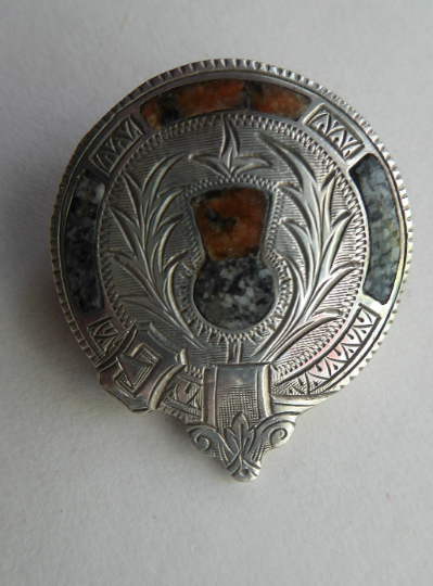 Antique SILVER BROOCH. Simple Cap Brooch Inset with Agates. Sweet Scottish Thistle Decoration