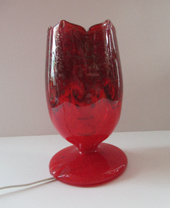 1950s Scottish VASART Glass Tulip Lamp in Swirly Scarlet Red and Black Shades. WORKING