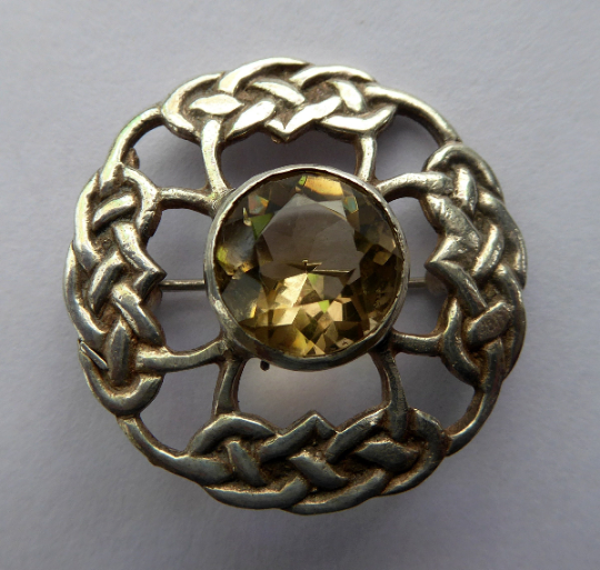 SCOTTISH SILVER Brooch. Stylish 1970s James Coull Design with Small Central Citrine. EDINBURGH Hallmark
