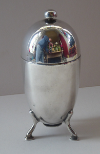 1930s ART DECO Elkington Silver Plate Sugar Dispenser. Takes the Shape of a Large Shiny Egg with Tripod Feet