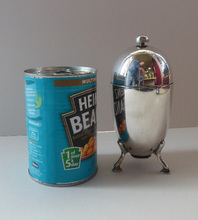 Load image into Gallery viewer, 1930s ART DECO Elkington Silver Plate Sugar Dispenser. Takes the Shape of a Large Shiny Egg with Tripod Feet