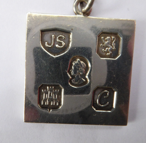 1970s Vintage Jack Spencer Sterling Silver Ingot Pendant & Chain. Edinburgh Hallmark for the Silver Jubilee
