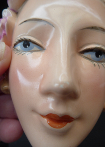 ART DECO Goebel Wall Mask. Smaller Sized One: 1930s Glamour Lady with Pretty PInk Flowers in her Hair