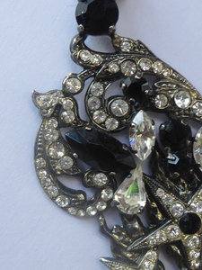 DESIGNER JEWELLERY. 1980s Vintage FLOTTY Bijoux Necklace - with oodles of diamante and cut black glass stones