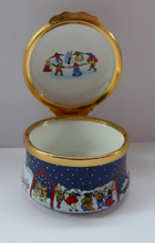 Load image into Gallery viewer, Vintage Halcyon Days Enamels Christmas Box 1993. Medieval Carol Singers. Excellent Condition