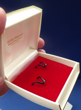 Load image into Gallery viewer, Early Scottish ORTAK Silver Earrings by MALCOLM GRAY for Silvercraft. Original Box. Hallmarked 1975