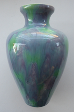 Load image into Gallery viewer, MINTON HOLLINS Astra Ware Vase