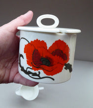 Load image into Gallery viewer, SUSIE COOPER for WEDGWOOD. 1971 Cornpoppy Design. Stylish Floral Bone China Sugar Bowl & Milk Jug
