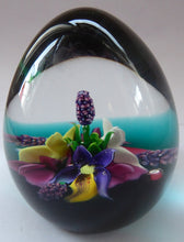 Load image into Gallery viewer, 1990s Caithness Paperweight GARDEN POSY by Alan Scott