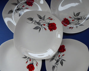 MIDWINTER. Set of FIVE Pretty 1960s Side Plates; 7 1/2 inches. Red Rose Motif. CARMEN Pattern