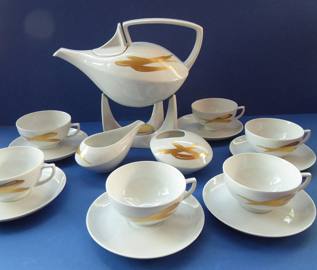 Fabulous Museum Quality FRIESLAND Porcelain Teaset. Complete set. Golden Dream Decoration