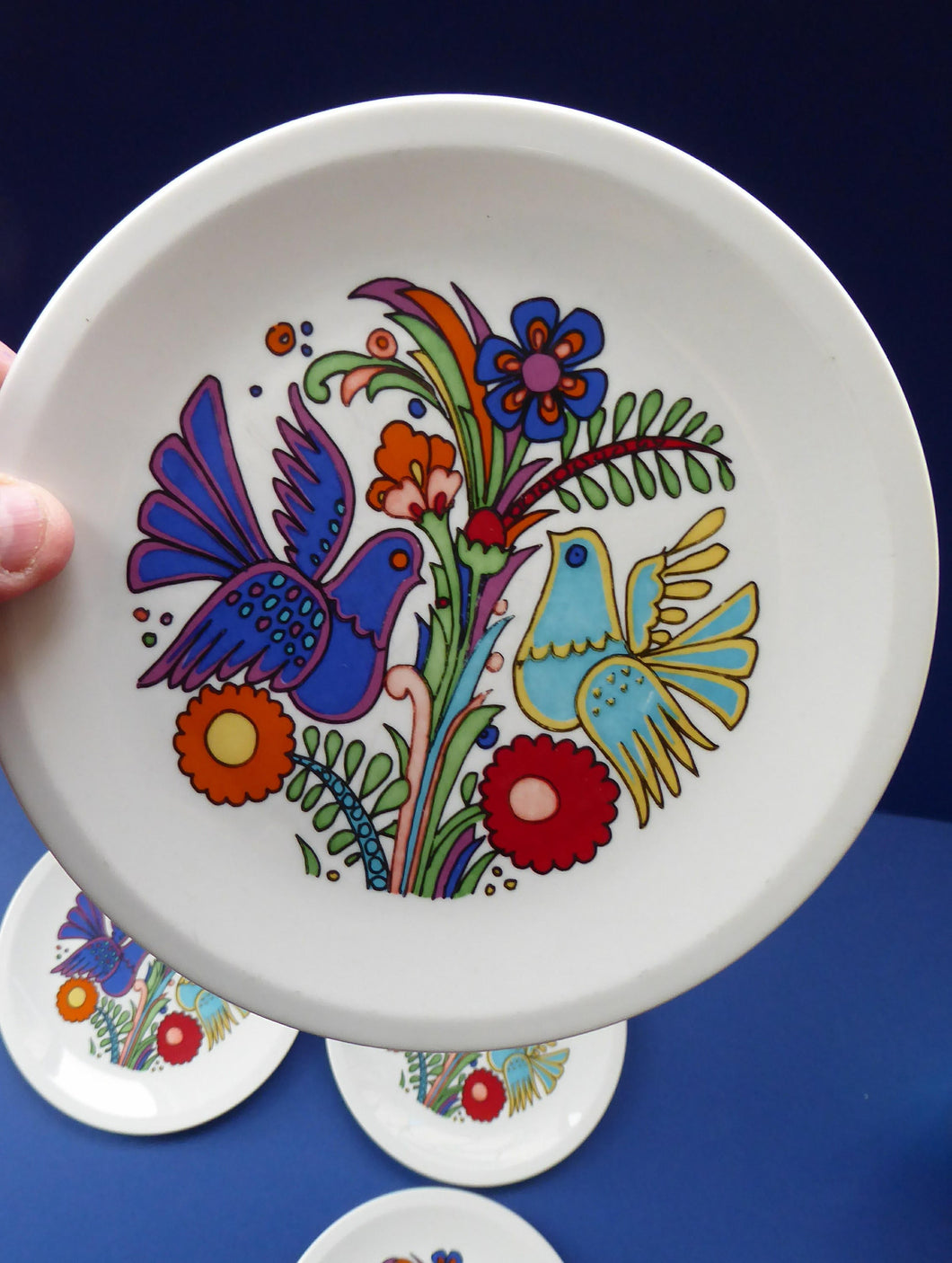 Vintage Acapulco VILLEROY & BOCH Rarer Side Plate with Full Image as Decoration: 6 1/4 inches diameter