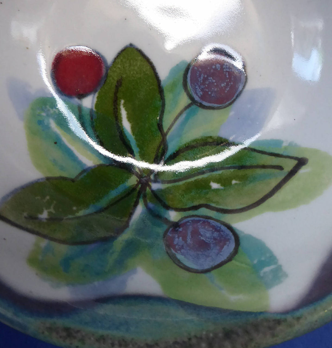 SCOTTISH Pottery. Vintage WILD BERRIES Design Cereal Bowl by Highland Stoneware, Scotland. Hand Decorated