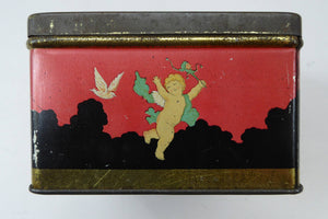 Pretty 1930s ART DECO Sweetie / Confectionary Tin with Cupids and Lovers in a French Louis XV Garden