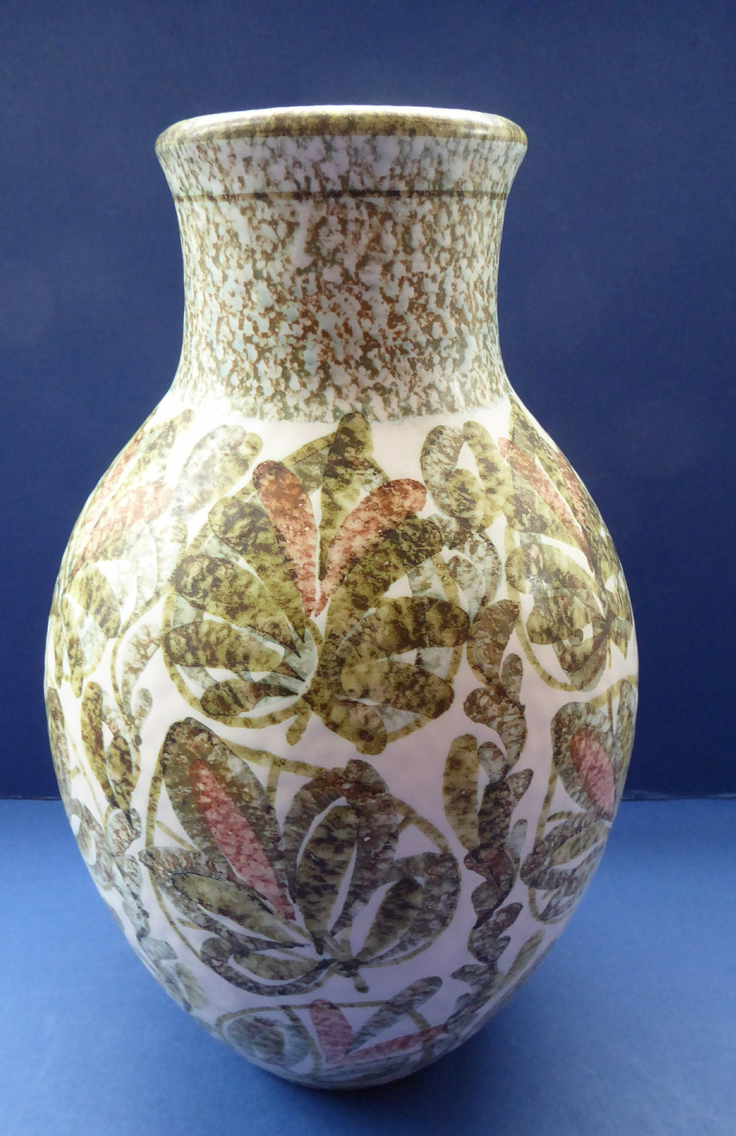 Vintage 1950s DENBY Glyn Colledge GLYNDBOURNE Vase. Hand Painted. 11 inches