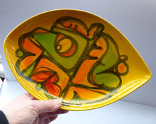 Load image into Gallery viewer, Early 1970s POOLE DELPHIS Shield Dish. Shape No. 21. Signed: CB for Cynthia Bennett