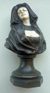 PETER TERESZCZUK (1875 - 1963).  Rare Viennese Bronze Sculptural Figure of an Exotic Lady. SIGNED